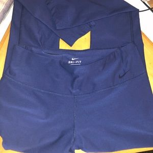 Nike Dri-Fit Medium NAVY blue leggings